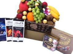 Deluxe Chocolate Fruit Basket